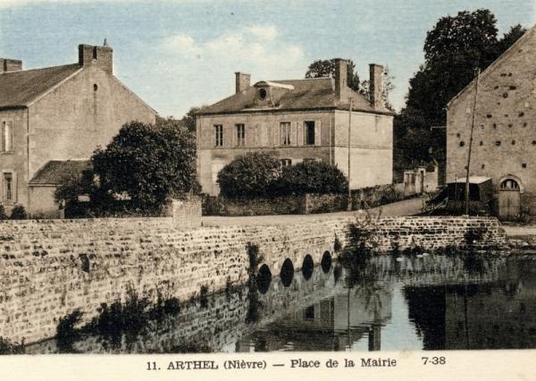 Arthel (Nièvre) La Mairie CPA