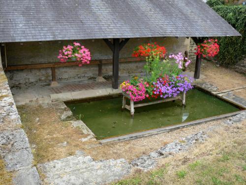 Arthel (Nièvre) Le lavoir