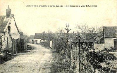 Athies-sous-Laon (Aisne) CPA hameau des sables