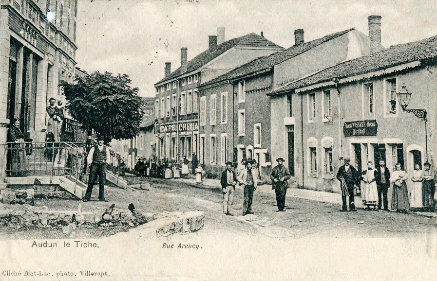 Audun-le-Tiche (Moselle) La rue Arency CPA