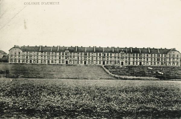 Aumetz (Moselle) La colonie CPA