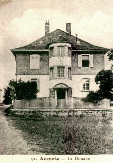 Aumetz (Moselle) La Douane CPA