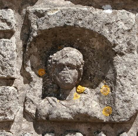 Aumetz (Moselle) Une sculpture gallo-romaine