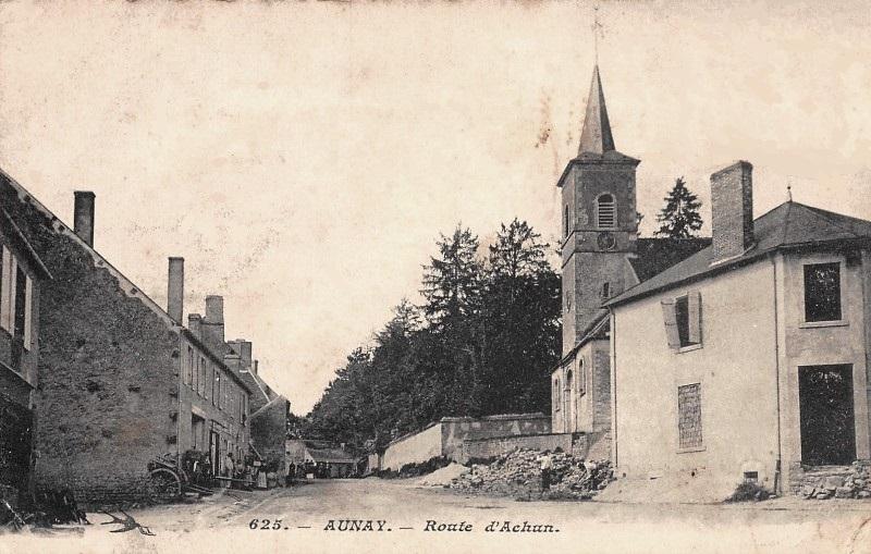 Aunay-en-Bazois (Nièvre) La route d'Achun CPA