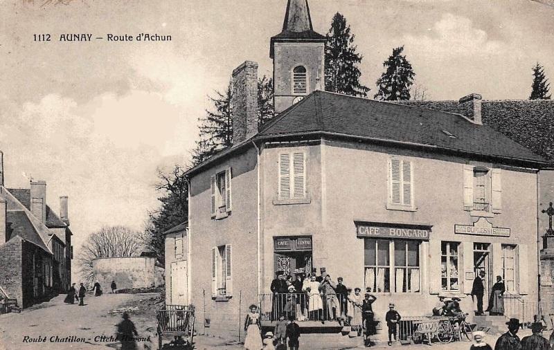 Aunay-en-Bazois (Nièvre) Le café-bar CPA