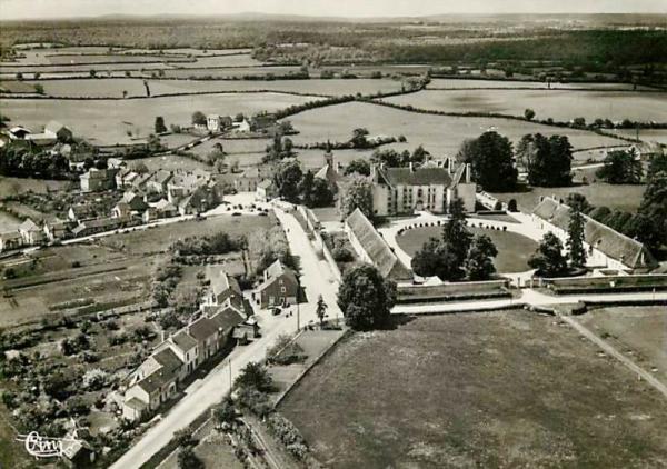 Aunay-en-Bazois (Nièvre) Vue générale CPA