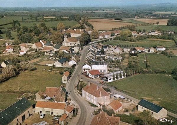 Aunay-en-Bazois (Nièvre) Vue générale