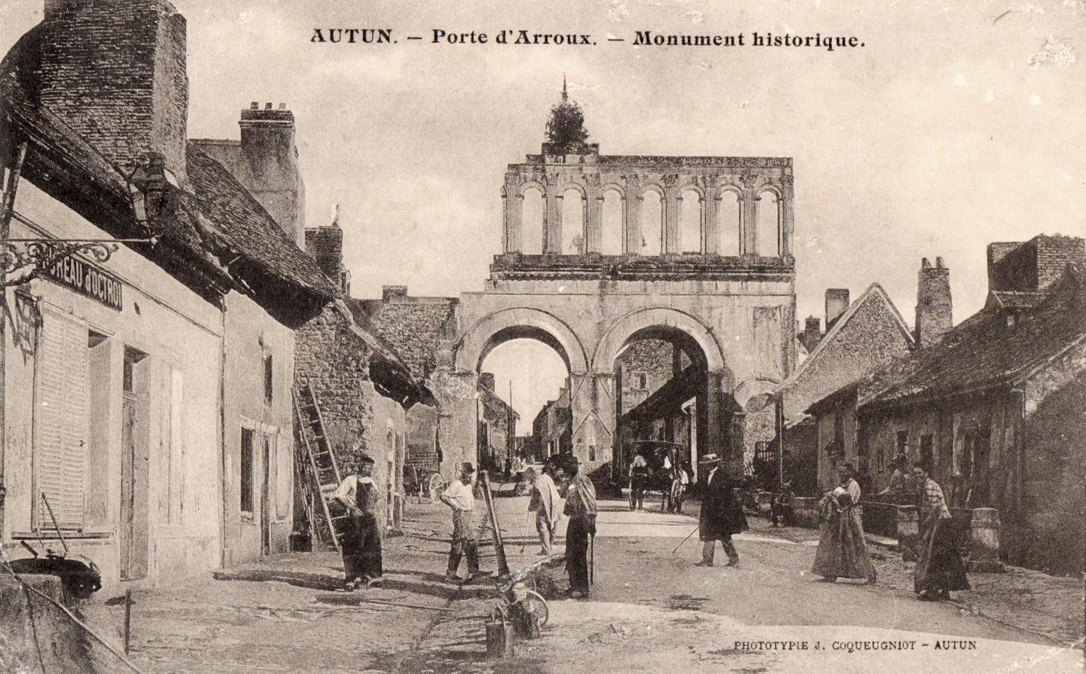 Autun (Saône-et-Loire) La porte d'Arroux CPA