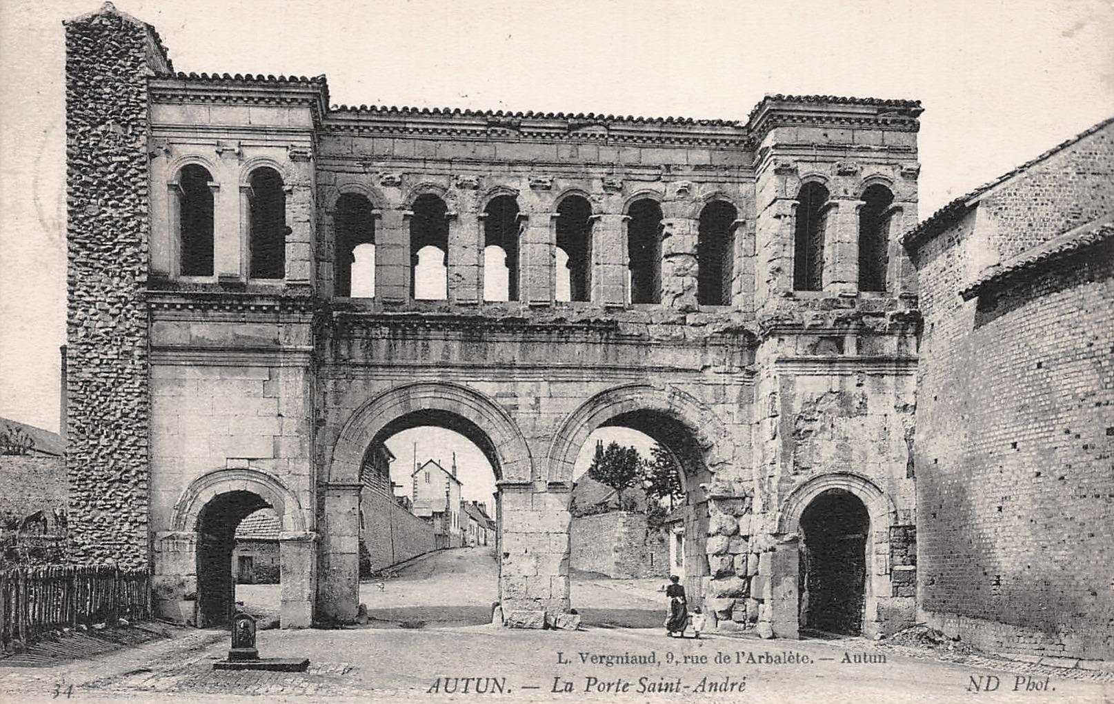 Autun (Saône-et-Loire) La porte Saint-André CPA