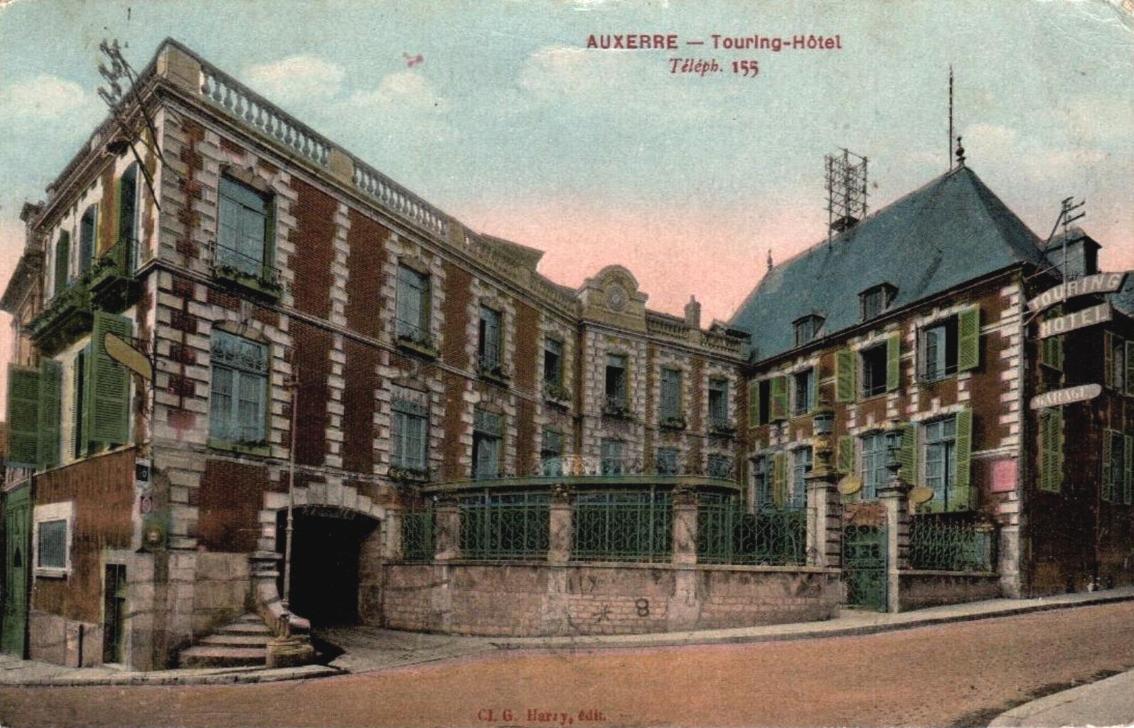 Auxerre (89) L'Hôtel Touring-club CPA