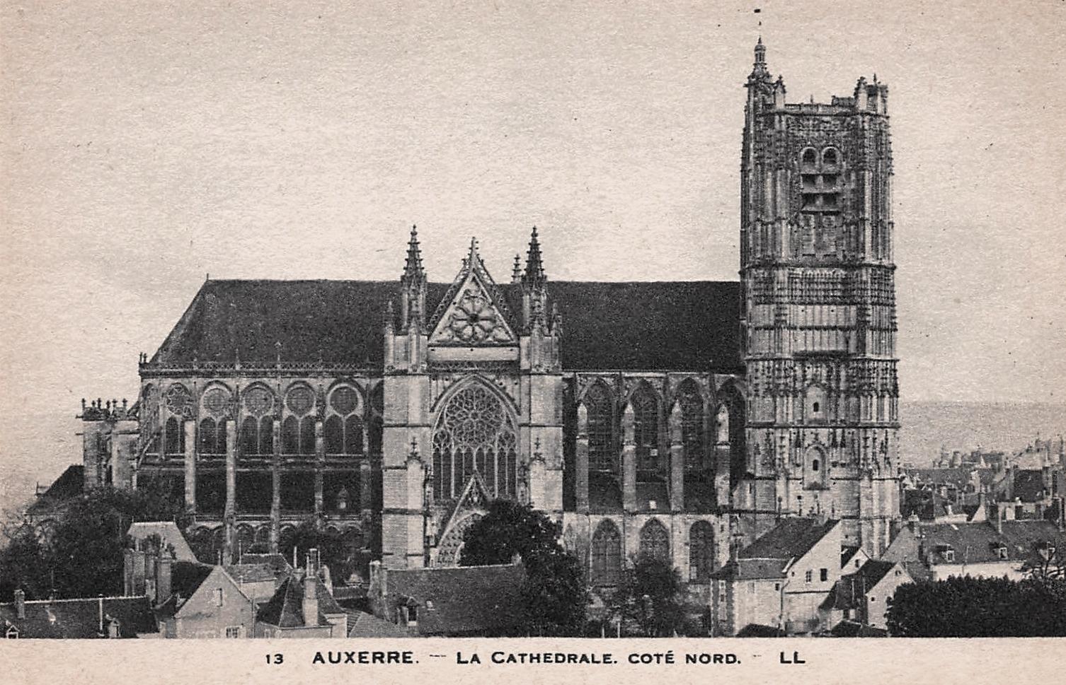 Auxerre (89) La Cathédrale Saint Etienne CPA