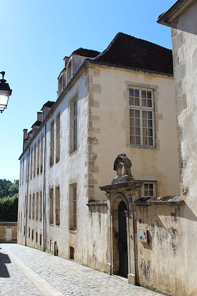 Avallon (89) L'Hôtel de Condé