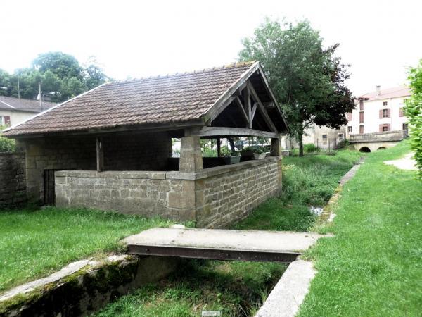 Baâlon (Meuse) Le lavoir