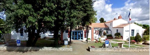 Barbâtre (Vendée) Mairie