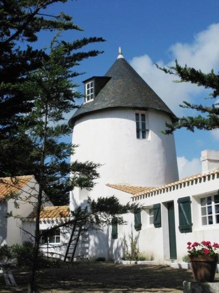 Barbâtre (Vendée) Moulin vieux de La Frandière