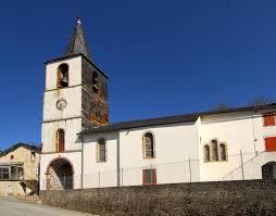 Barre (Tarn) Gos, château et église Saint Joseph