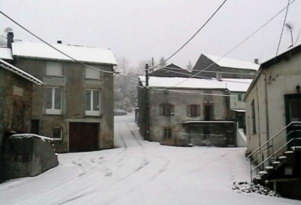 Barre (Tarn) sous la neige en 2000