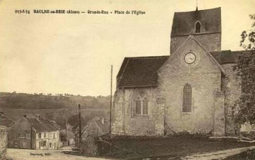 Baulne-en-Brie (Aisne) CPA L'église Saint Barthélémi