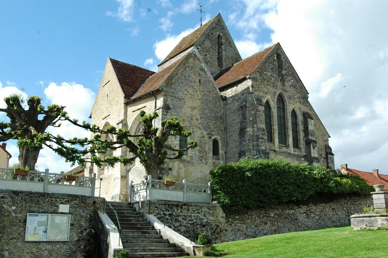 Baulne-en-Brie (Aisne) L'église Saint-Barthélémi