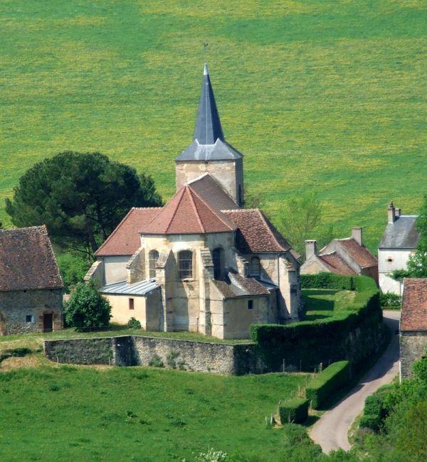 Bazoches (Nièvre) L'église Saint-Hilaire