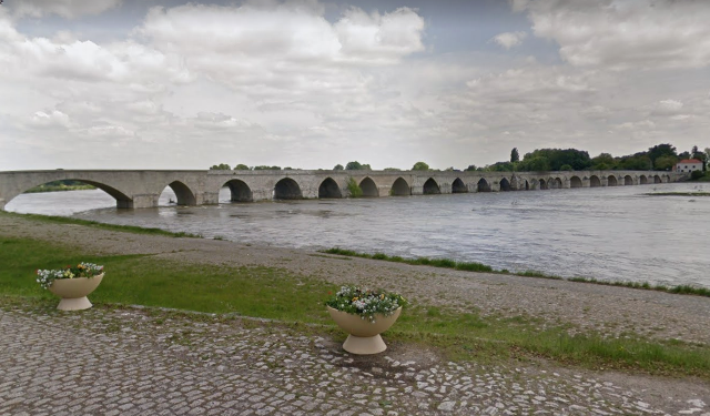 Beaugency (45) Pont