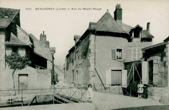 Beaugency (45) Rue du Moulin Rouge CPA