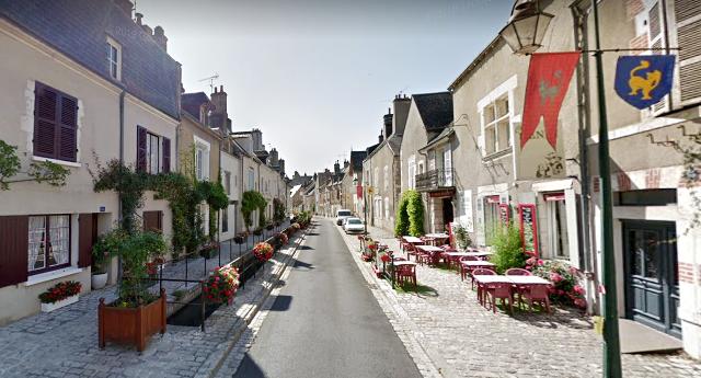 Beaugency (45) Rue du Pont