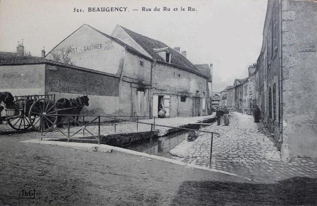 Beaugency (45) Rue du Ru CPA