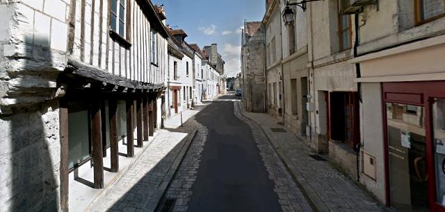 Beaulieu-lès-Loches (37) Rue Guigné