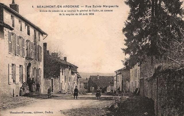 Beaumont-en-Argonne (08) Rue Sainte-Marguerite CPA