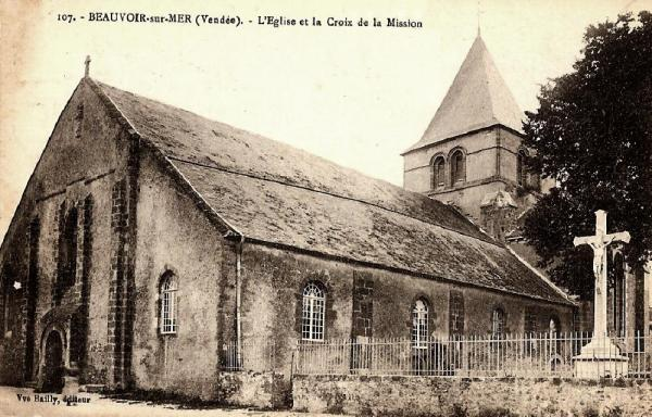 Beauvoir-sur-Mer (Vendée) Eglise Saint Philibert CPA