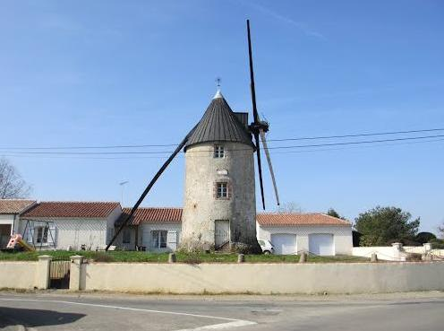 Beauvoir-sur-Mer (Vendée) Moulin Sainte-Catherine