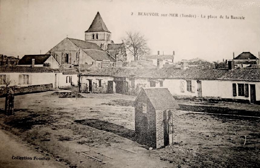 Beauvoir-sur-Mer (Vendée) Place de la bascule CPA