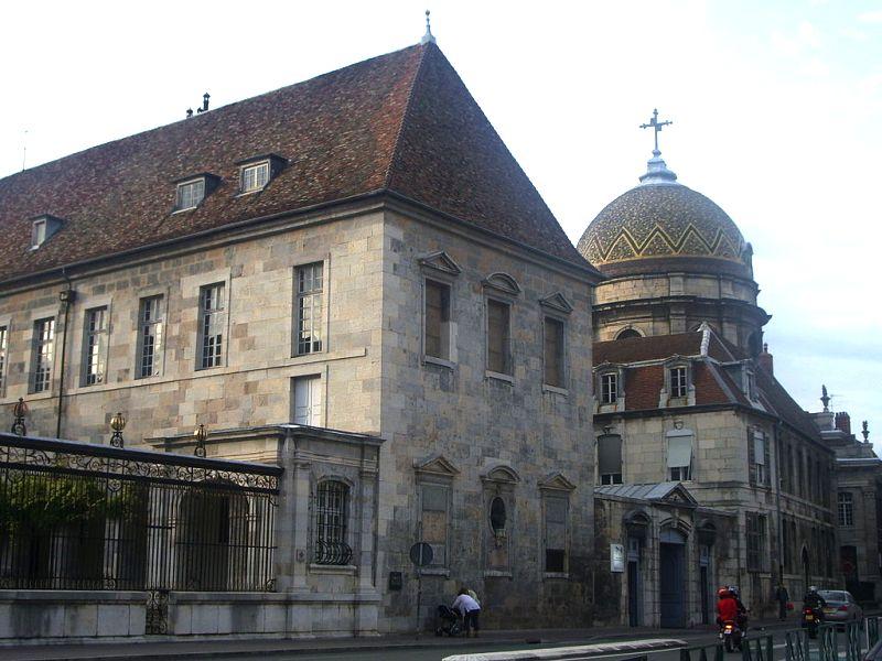Besançon (Doubs) L'Hôpital Saint-Jacques et chapelle N-D du Refuge