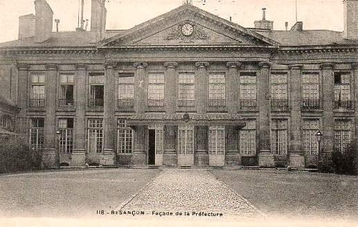 Besançon (Doubs) La Préfecture CPA
