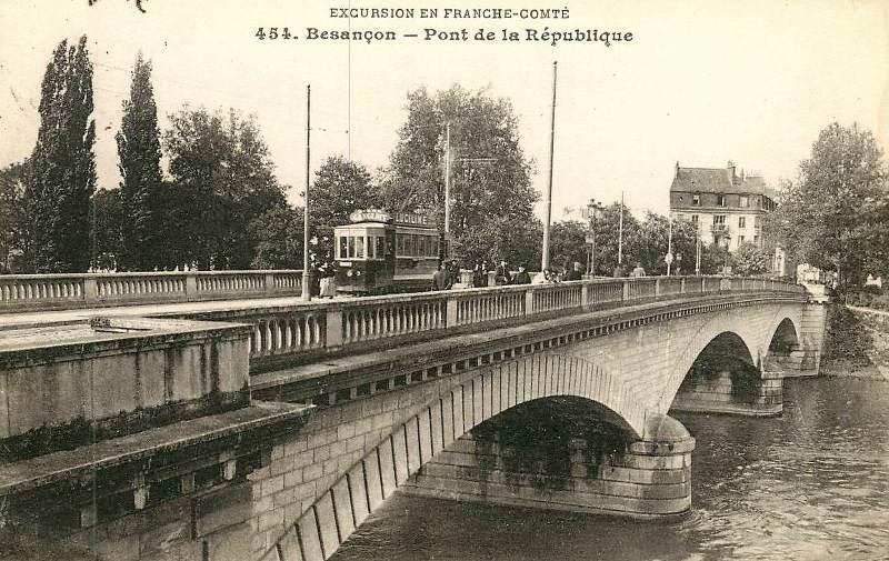 Besançon (Doubs) Le pont de la République CPA