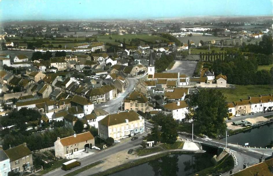Blanzy (Saône-et-Loire) Vue générale