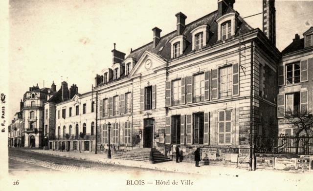 Blois (41) Hôtel de Ville CPA