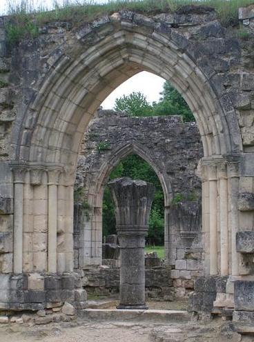 Bouconville-Vauclair (Aisne) Abbaye de Vaucler salle capitulaire