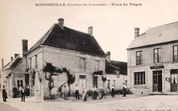 Bouconville-Vauclair (Aisne) CPA place du tripot