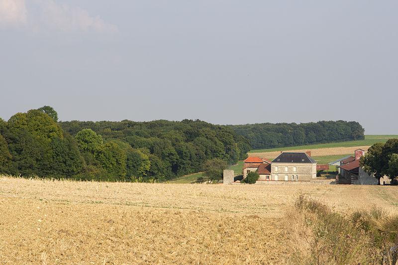 Bouconville-Vauclair (Aisne) La ferme Hurtebise chemin des dames
