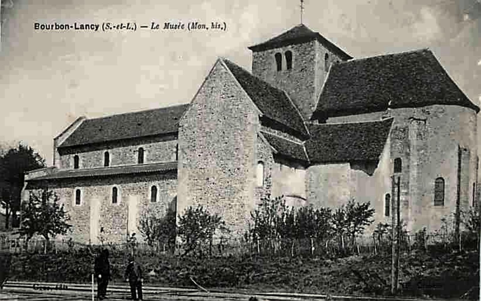 Bourbon-Lancy (Saône-et-Loire) L'Eglise Saint Nazaire, musée CPA