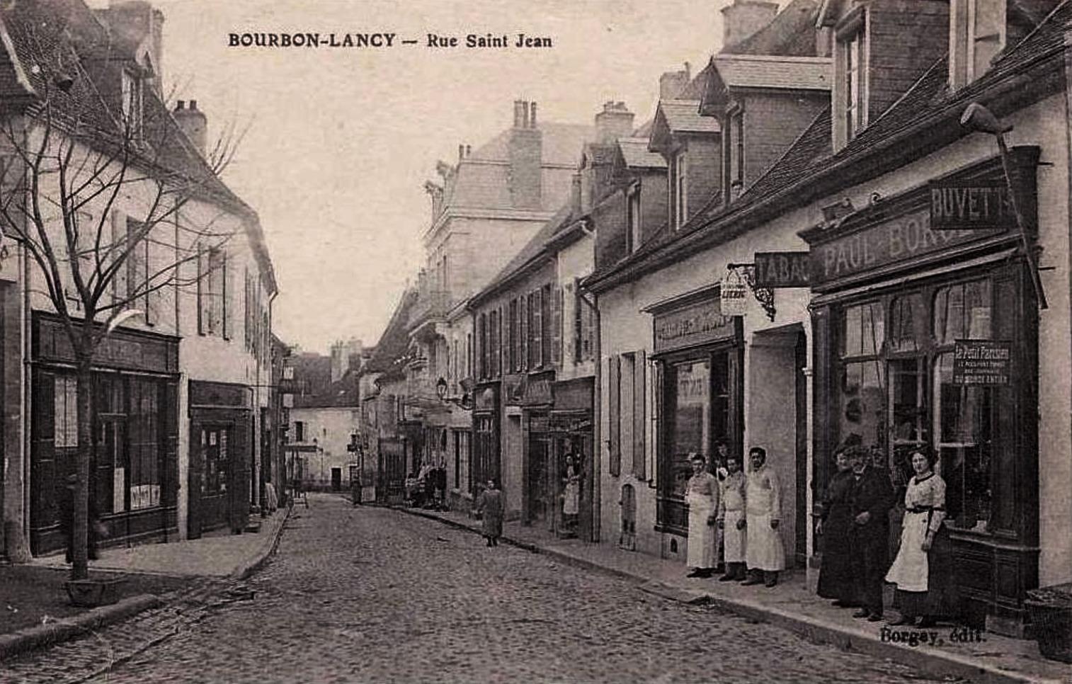 Bourbon-Lancy (Saône-et-Loire) La rue Saint-Jean CPA