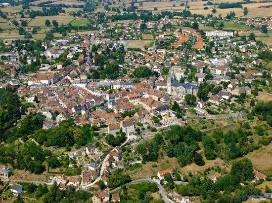 Bourbon-Lancy (Saône-et-Loire) Vue générale