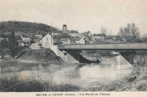 Bourg-et-Comin (Aisne) CPA Bords de l'Aisne et vue sur le village