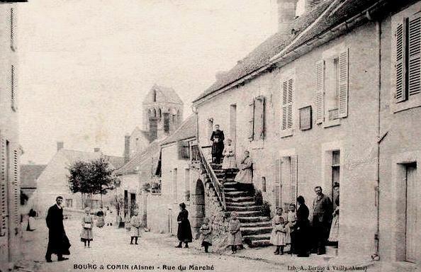 Bourg-et-Comin (Aisne) CPA Rue du marché