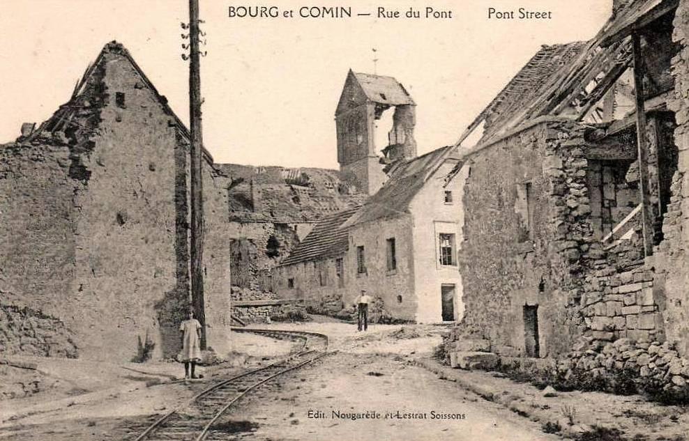 Bourg-et-Comin (Aisne) CPA Rue du Pont