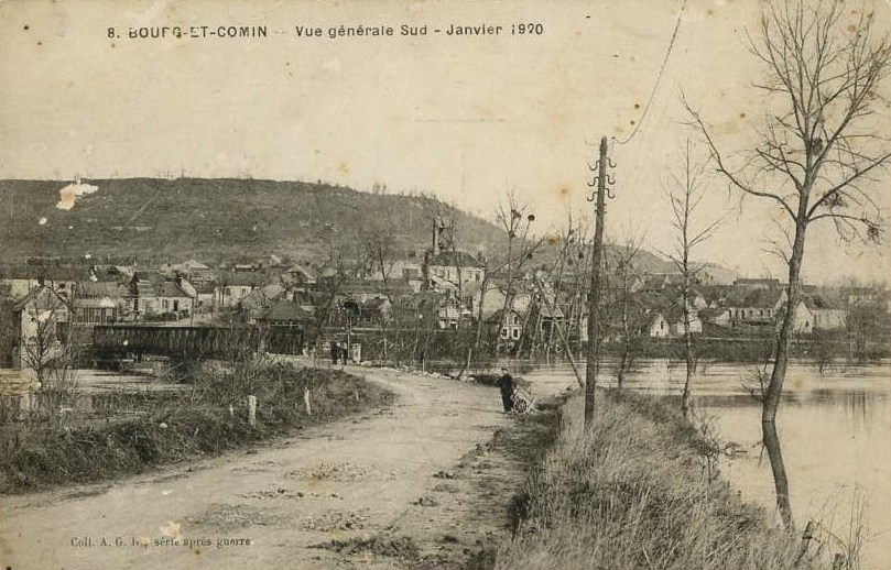 Bourg-et-Comin (Aisne) CPA Vue générale 1920