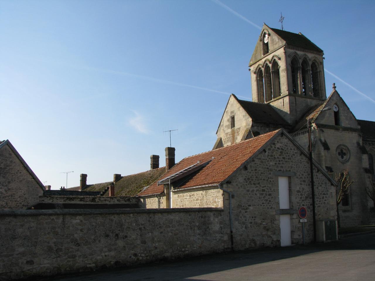 Bourg-et-Comin (Aisne) église Saint-Martin