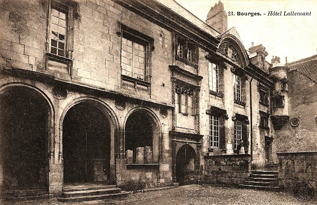 Bourges (18) L'Hôtel Lallemant CPA